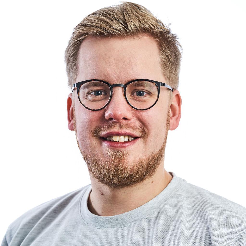 Alexander Riis